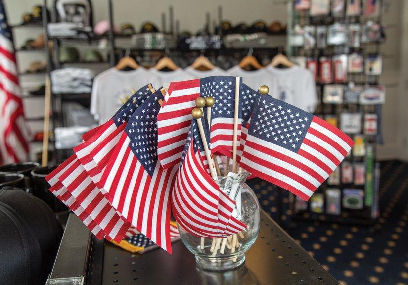 Stars & Stripes Flag Store - Southwedge com